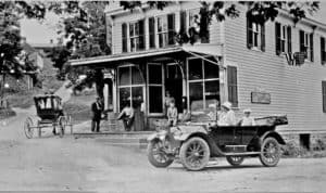 One of the first automobiles in Waterford Virginia